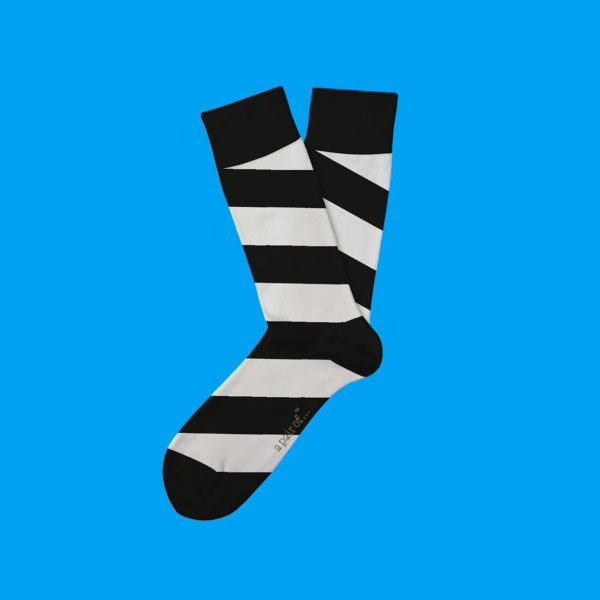 Randiga strumpor i svartvitt!