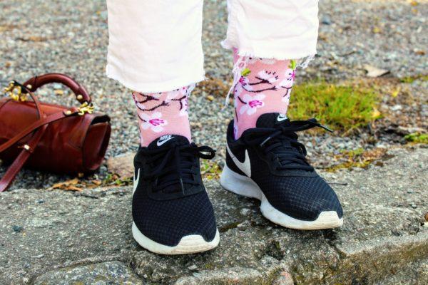 Cool socks flower sock
