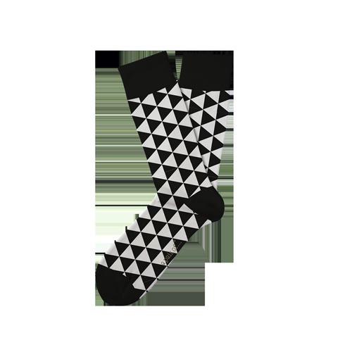 Strumpor med trianglar i svartvitt!